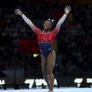 Simone Biles'tan rekor