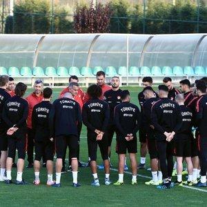 Milliler, Arnavutluk maçına hazır