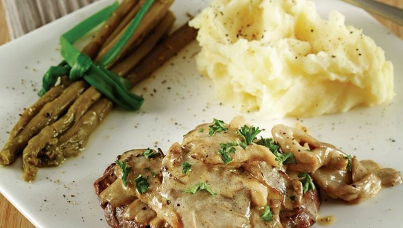 Kremalı mantar soslu Antrikot