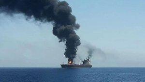 İran tankerine roket saldırısı