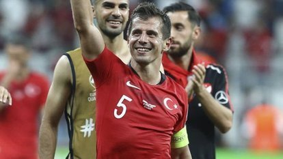 Emre Belözoğlu'