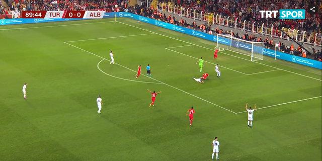 Cenk Tosun ve Burak Yılmaz, zafer golünü Habertürk'e anlattı!