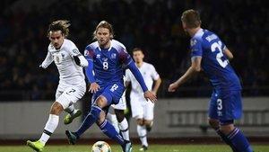 Fransa, İzlanda'yı devirdi