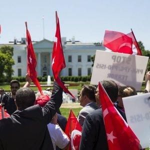 ABD'deki Türklerden Barış Pınarı Harekatı'na destek kampanyaları
