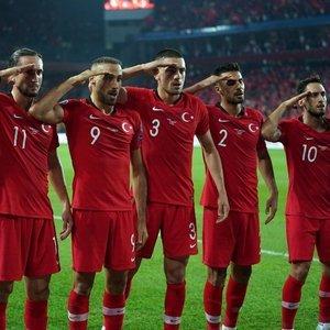 UEFA'dan 'provokasyon' skandalı!