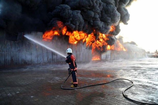 Fabrika alev alev yandı!