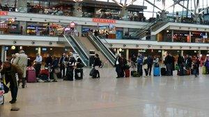Hamburg Havalimanı uçuşlara açıldı