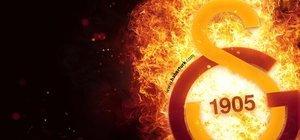 Galatasaray'da 2 yıldız kadroya alınmadı