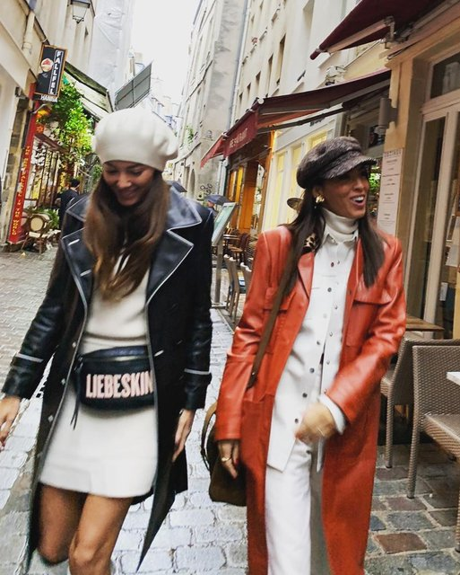 Başak Dizer ile Tanem Sivar, Paris'te - Magazin haberleri
