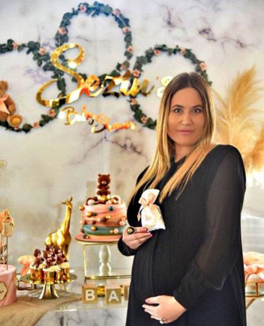 Mehmet Ali Erbil'in kızı Erbil kızına yalıda baby shower yaptı - Magazin haberleri