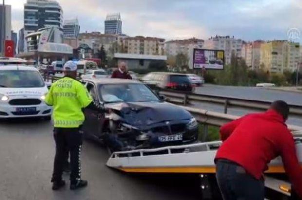 İstanbul'da 5 araç birbirine girdi!