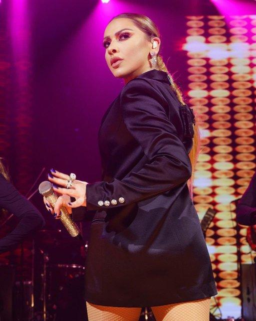 Hadise'nin konserinde dikkatini çeken çift - Magazin haberleri Instagram