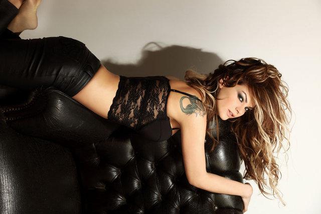 Şarkıcı Nez aldığı kilolar ile şaşırttı - Magazin haberleri