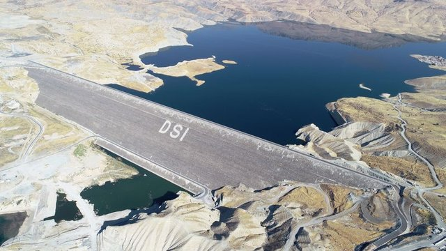 Su tutmaya başlayan Ilısu Barajı enerji üretimine hazırlanıyor