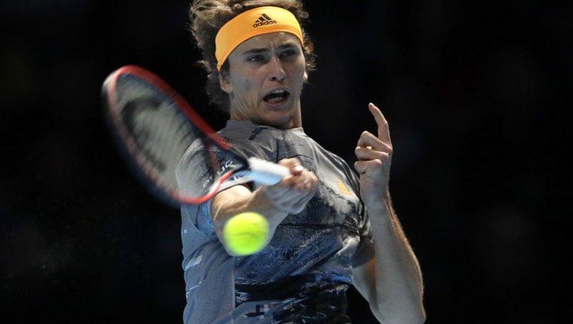Zverev, Nadal'ı devirdi