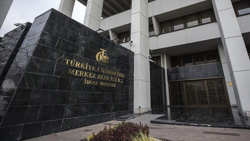 TCMB beklenti anketinde dolar tahmini düştü