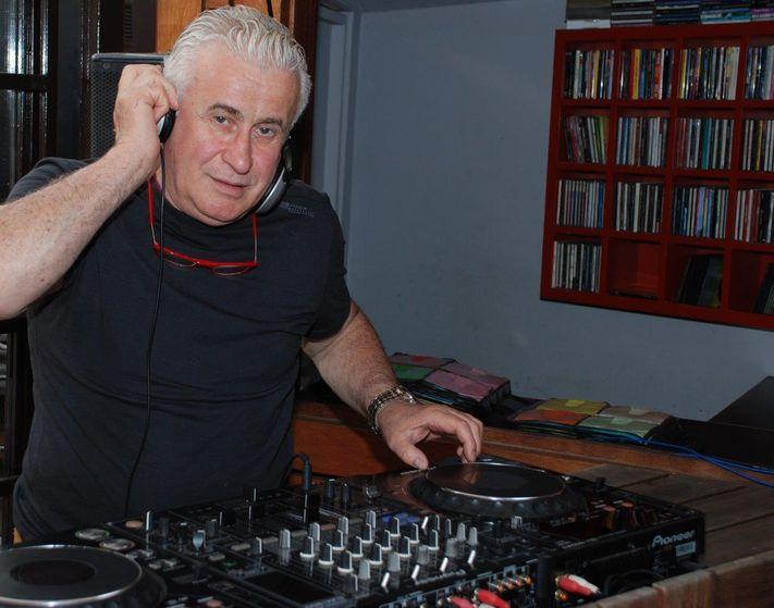 Efsanevi DJ rahmetli Yener Katırcıoğlu