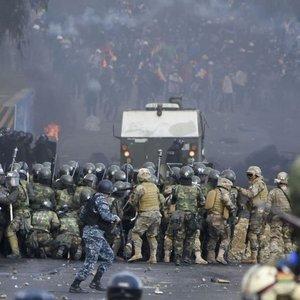 Bolivya'da 4 gösterici hayatını kaybetti