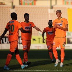Alanyaspor 2 golle kazandı