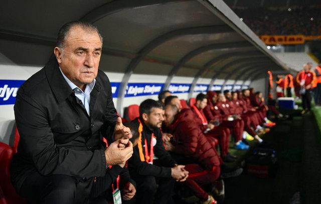 Galatasaray'da önemli kararlar! Fatih Terim...