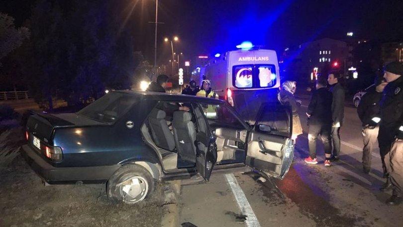 Karabük'te iki otomobil çapıştı: 4 yaralı