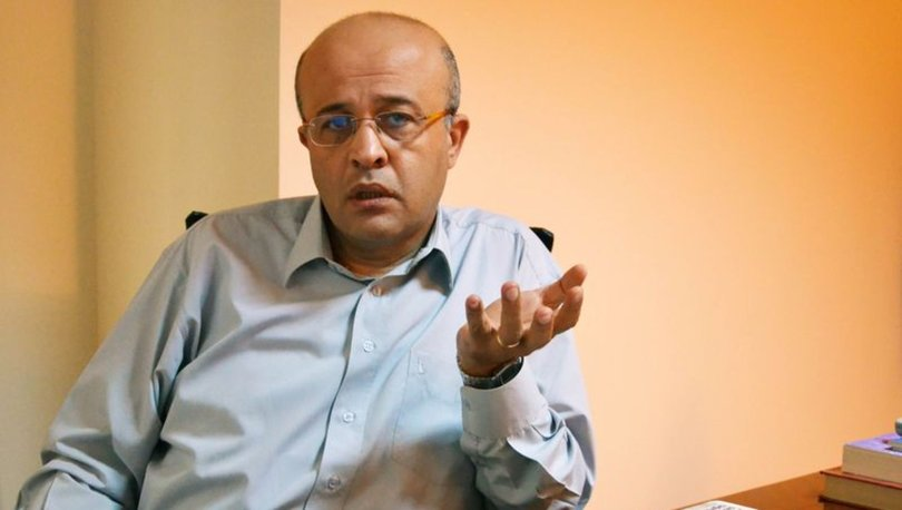 Gazeteci Ahmet Takan evinin önünde kimliği belirsiz kişilerce saldırıya uğradı