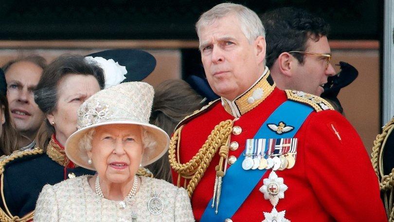 Prens Andrew kraliyetteki görevlerini bıraktı