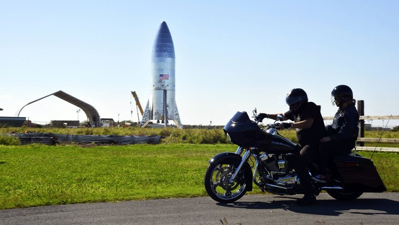 Starship roketi test sahasında infilak etti