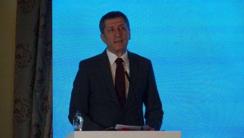 Milli Eğitim Bakanı Ziya Selçuk 'Eğitim ya da Eğitim' dergisinin tanıtım toplantısına katıldı