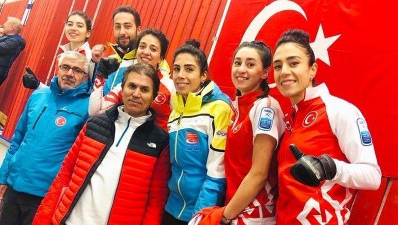 Bakan Kasapoğlu, Kadın Curling Milli Takımı'nı tebrik etti
