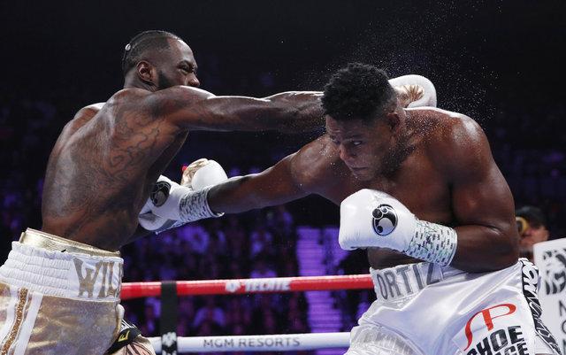 Deontey Wilder, Luis Ortiz'i yenerek Muhammed Ali'nin rekorunu yakaladı