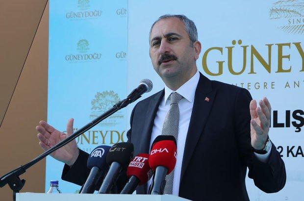 """Adalet Bakanı'ndan """"ev hapsi"""" mesajı"""