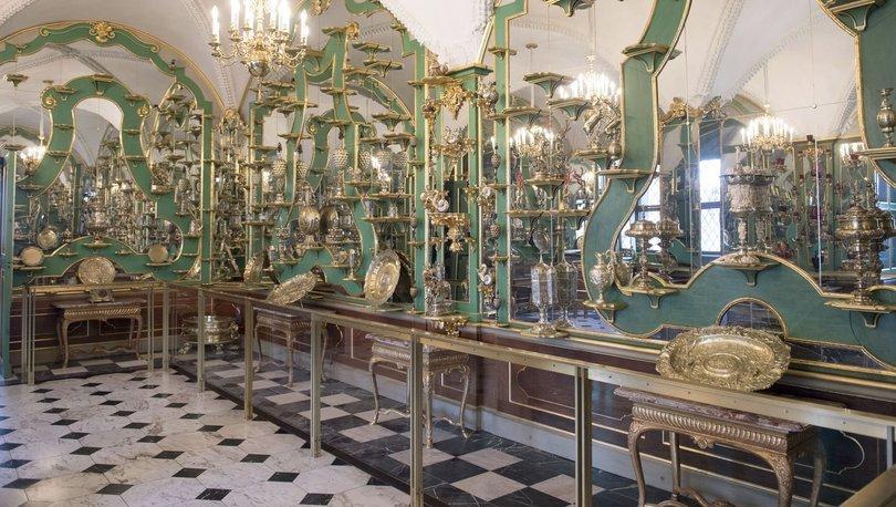 Müzeden 1 milyar Euro değerinde mücevher çaldılar