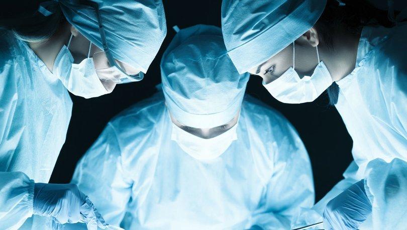 Hindistan'da hastanın 7,4 kilogramlık böbreği alındı - Haberler
