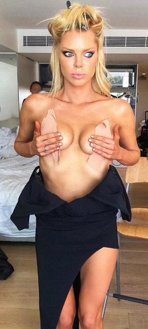 Sophie Monk kırmızı halıya böyle hazırlandı - Magazin haberleri
