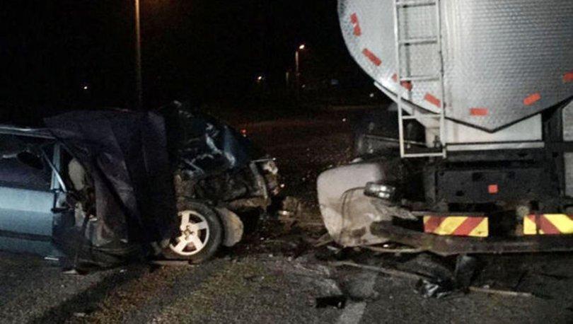 Aydın'da otomobil süt tankerine çarptı: 1 ölü, 1 yaralı