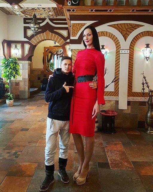 Dünya'nın en uzun bacaklı kadını Ekaterina Lisina isyan etti
