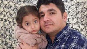 Baba ve 4 yaşındaki kızı, av tüfekli saldırıda yaralandı