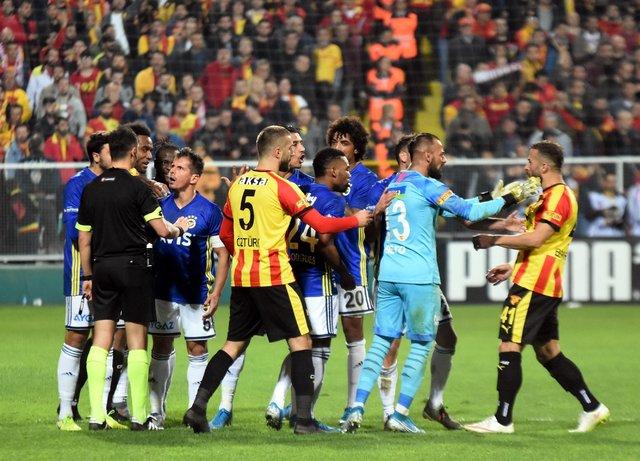 Spor yazarları, Göztepe - Fenerbahçe maçını değerlendirdi