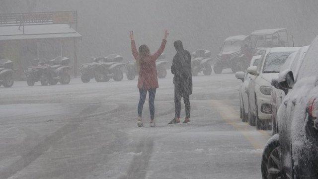 Marmara'ya yılın ilk karı düştü!