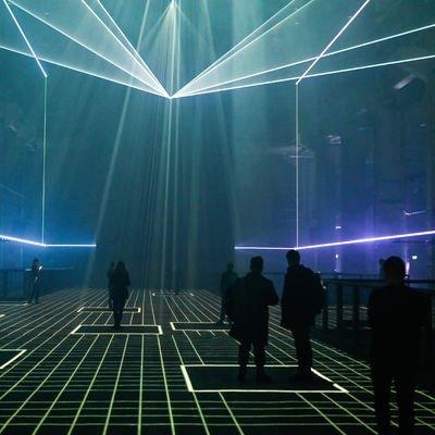Yeni bir gerçeklik yolunda: Refik Anadol Kraftwerk Berlin sergisi