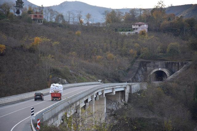 Karadeniz-Akdeniz Yolu'nun yüzde 95'i tamamlandı