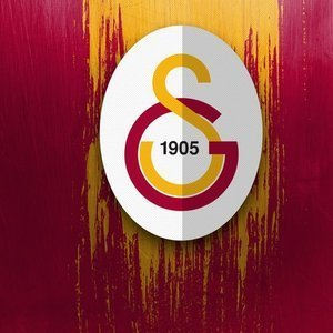 Galatasaray'da iki şok birden!