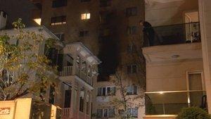 Kadıköy'de 8 katlı binada yangın
