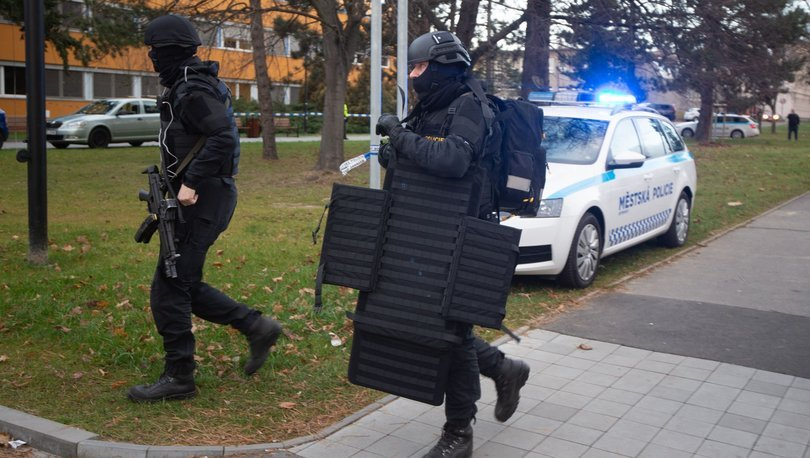 Çexiyada dəhşətli qətl və intihar hadisəsi baş verib