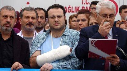 Hastanede doktorun elini kolunu kırdılar!