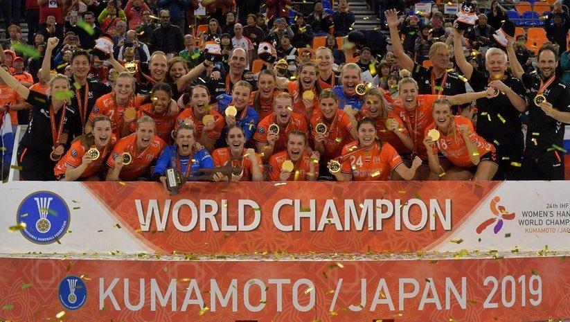 Hentbolda Hollanda şampiyon!