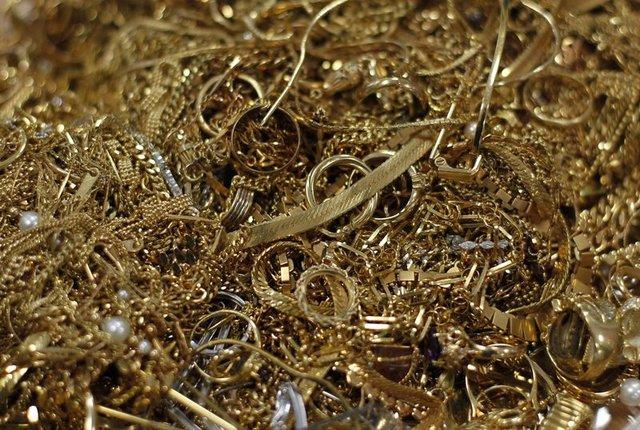 Altın fiyatları SON DURUM! Bugün çeyrek altın, gram altın fiyatları ne kadar? 16 Aralık