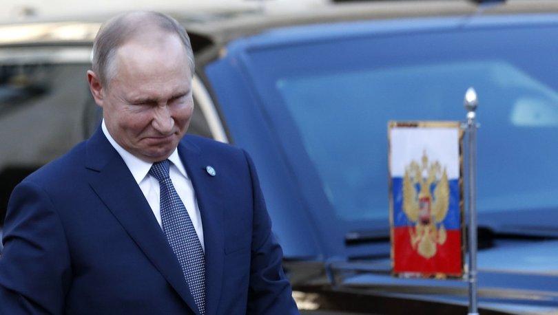 Putin'in yıl sonu toplantısına 2 bine yakın gazeteci katılacak