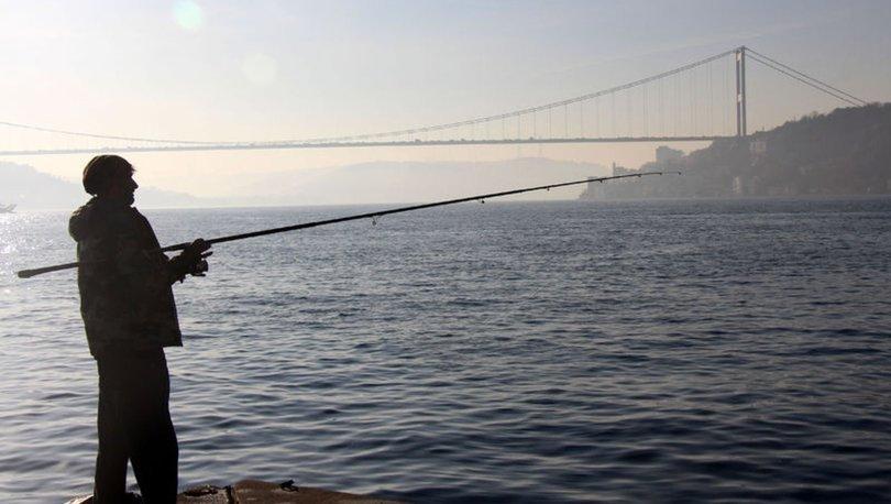İstanbul Boğazı transit gemi geçişlerine kapatıldı